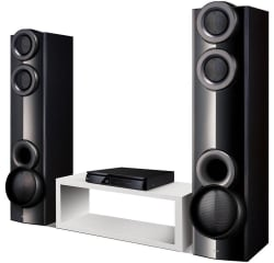 LG 4.2 1,000W 3D Blu-ray Home Theater System $367
