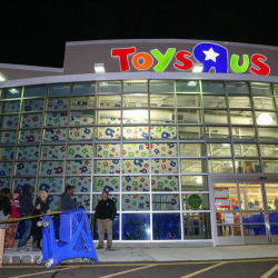 What to Expect From Toys 'R' Us Black Friday Sales in 2016