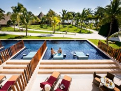 5Nts at All-Incl. Cancun Resort + $1,000 GC