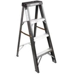 Werner 4-Ft. Fiberglass Step Ladder