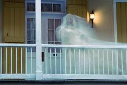 Haunted House Walking Tour in New Orleans: 40% off