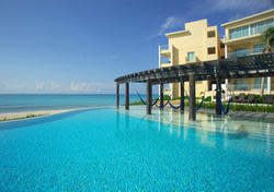 5Nts at All-Inclusive Cancun Resort + $200 GC